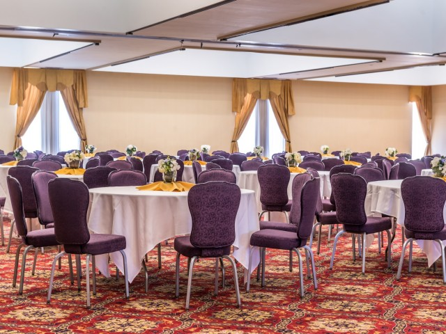 The Hawthorne Inn & Conference Center - Banquet