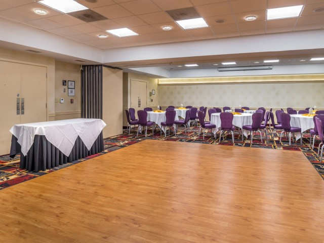 The Hawthorne Inn & Conference Center - Floor & Decor