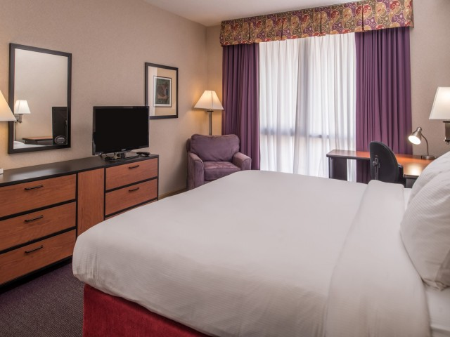 The Hawthorne Inn & Conference Center - King Bed
