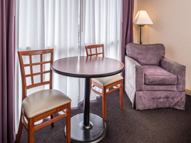 The Hawthorne Inn & Conference Center - Premium Amenities